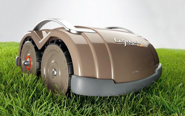 Robotická sekačka Lizard mower S1