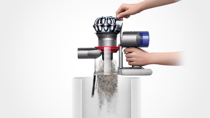 Dyson V8 motorhead snadné vysypávání koše