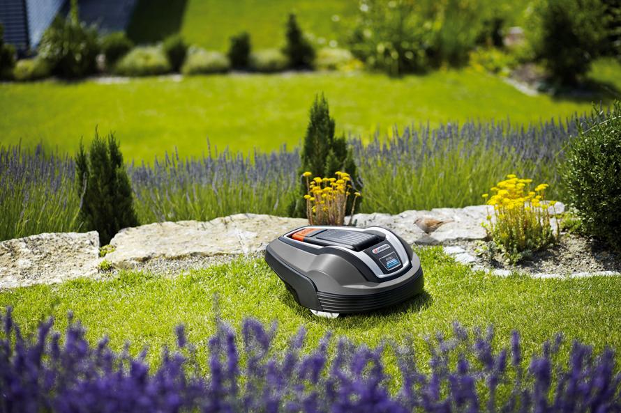 Gardena R70Li Komplexnější trávníky