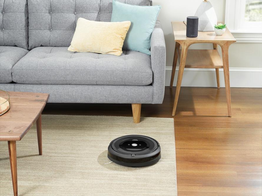 iRobot Roomba e5 black system proti zamotání