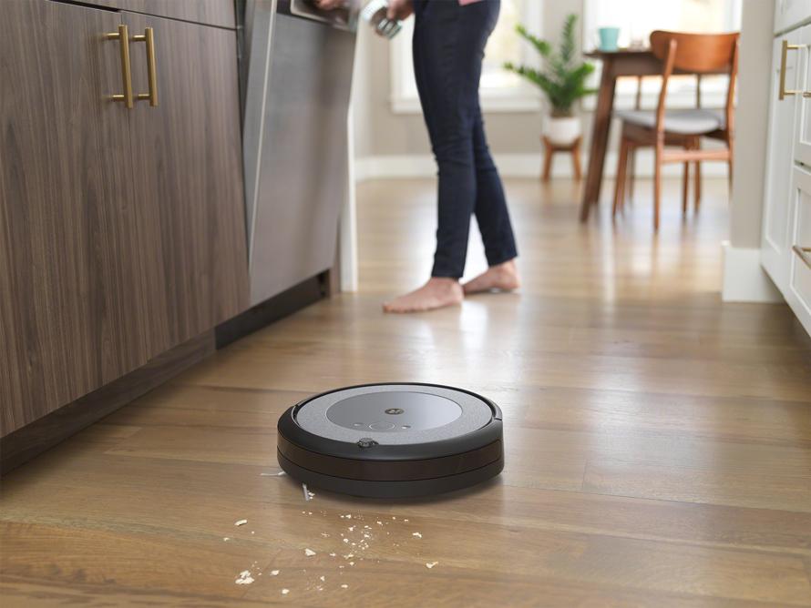 iRobot Roomba i3 Neutral detekce nečistot