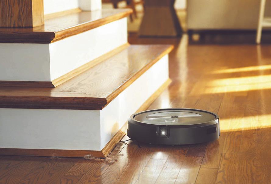 iRobot Roomba j7 Jezdí až do okrajů