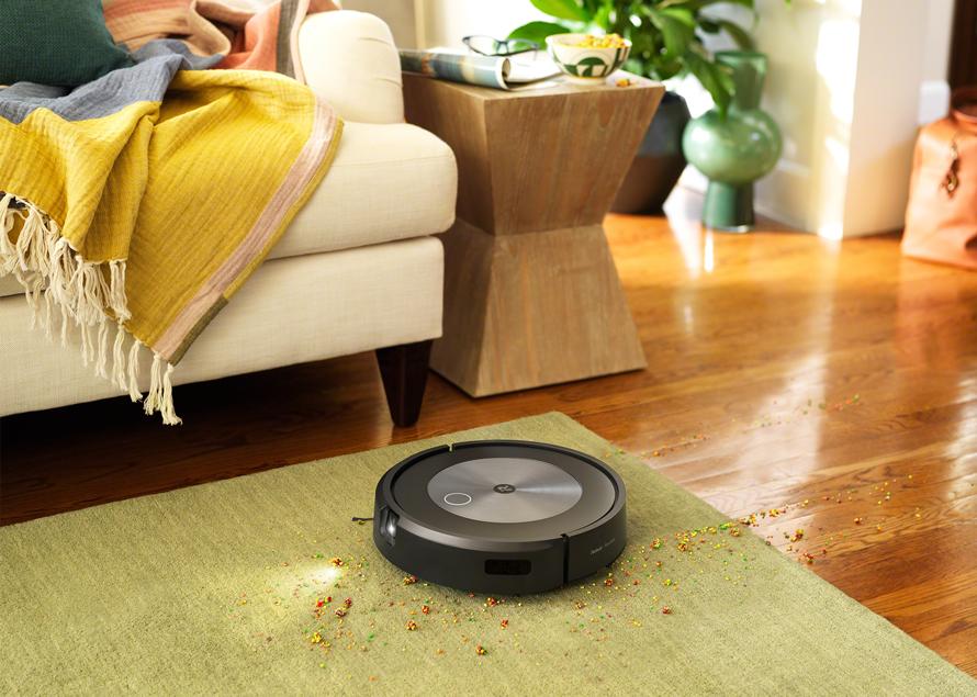 iRobot Roomba j7 Nezamotá se a perfektně uklidí