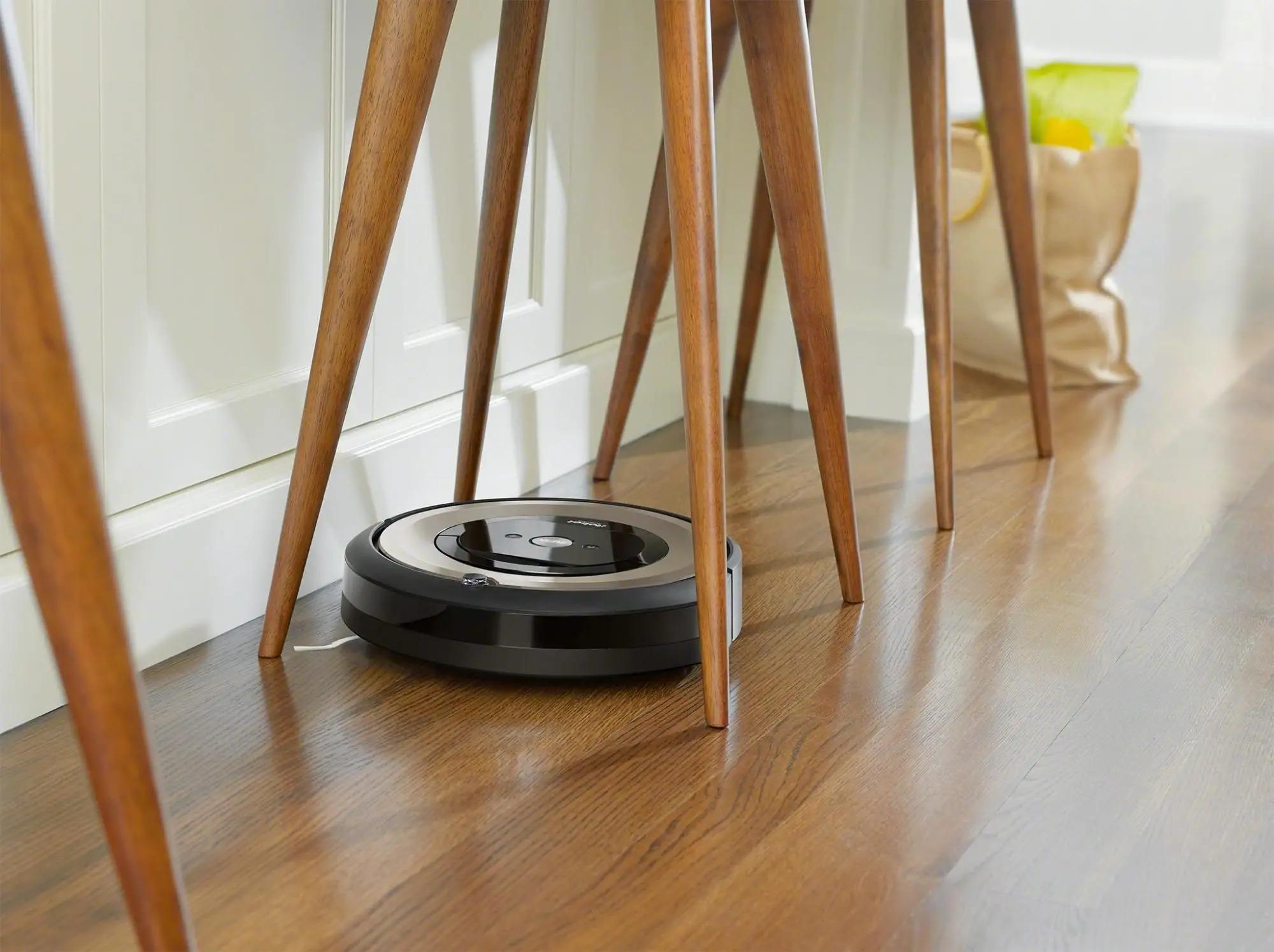 iRobot Roomba e6 nárazník se zpomaleným dotykem