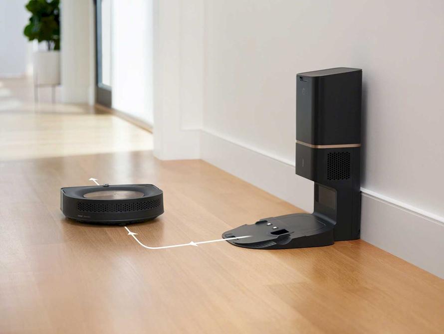 iRobot Roomba s9+ automatické dobíjení