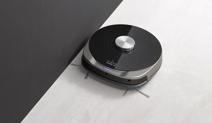 symbo laserbot 750 dobíjení